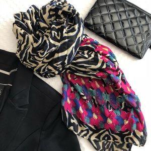 Gorgeous Stella & Dot Jeweled zebra scarf